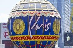 Las Vegas - vers en juillet 2016 : Extérieur de Paris Las Vegas Avec Tour Eiffel réduit de moitié I Photo libre de droits