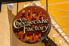 Las Vegas - vers en juillet 2017 : L'emplacement occasionnel II de restaurant d'usine de gâteau au fromage Images stock