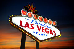 Las- Vegaszeichen am Sonnenuntergang Lizenzfreie Stockbilder