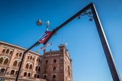 Las Ventas和在疯狂的地铁站斗牛场室外看法  库存图片