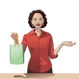 Las ventas sonrientes de la muchacha clerk sostener un panier y ofrecen productos Imagen de archivo libre de regalías