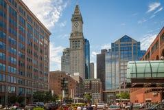 Las viejas aduanas se elevan en el área del puerto de Boston Imagen de archivo