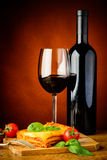 Lasagna bolognese and red wine Royalty Free Stock Photos