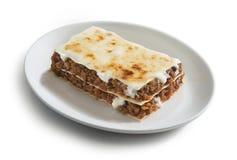 Lasagna met vleessaus stock fotografie