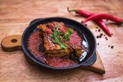 Lasagna's bolognese in een hete pan Royalty-vrije Stock Foto