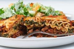 Lasagne-Abendessen Lizenzfreie Stockfotos