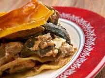 Lasagne al forno con i funghi ed il manzo Fotografia Stock Libera da Diritti