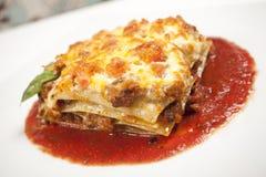 Lasagne al forno Immagini Stock