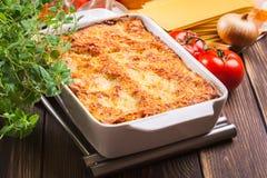 Lasagne al forno saporite calde Immagine Stock Libera da Diritti
