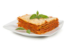 Lasagne al forno saporite sul piatto Fotografia Stock Libera da Diritti