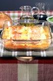 lasagne cuit au four d'Italien juste Photos stock