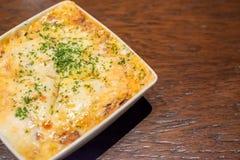 Lasagne dans la plaque Photos stock