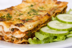 Lasagne traditionnel de boeuf Photos stock