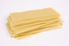 Lasagneteigwarenstapel lizenzfreie stockbilder
