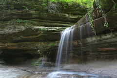 Lasalle waterfall at Starved Rock, USA Royalty Free Stock Images