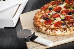Lascia la pizza di ordine Fotografia Stock
