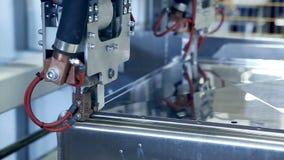 laser fungerar den robotic svetsningmaskinen för plasma med metall lager videofilmer