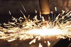 Laser of plasma scherpe technologie van vlak bladmetaal royalty-vrije stock foto's