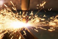 Laser of plasma scherpe technologie van vlak bladmetaal royalty-vrije stock afbeelding