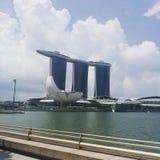 Laser-show av Singapore Marina Bay Sand och trädgård vid fjärden Royaltyfria Foton