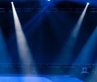laser-strålar riktar uppmärksamheten på etappen Royaltyfria Bilder