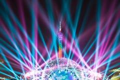 Laserlichtshow auf Guangzhou-Turm Stockfotografie