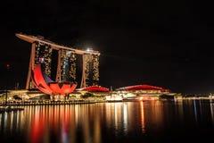 Laserowy przedstawienie Singapur Marina zatoki ogród zatoką i piasek Obrazy Royalty Free