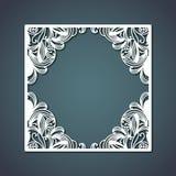 Laserowy rozcięcie kwadrat rama z kwiecistym dekoracja projektem tworzy diament inside na stalowego błękita koloru tle Fotografia Stock