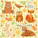 Lasowi zwierzęta Zakrywający W Ornamentacyjnych wzorach Ilustracyjnych Obraz Royalty Free