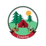 Lasowy camping i wycieczkować Zdjęcia Royalty Free