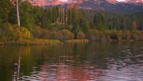 Lassen Peak Manzanita湖日落加利福尼亚国家公园 股票视频