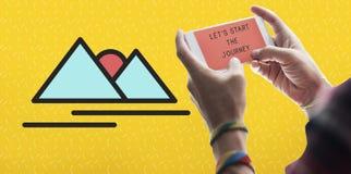 Lassen Sie uns das Reise-Abenteuer-reisende Konzept beginnen lizenzfreies stockfoto