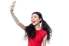 Lassen Sie uns ein selfie nehmen! Lizenzfreies Stockfoto