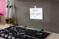 Lassen Sie uns heraus essen! Stockfoto