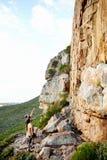 Lassen Sie uns oben dort klettern! Lizenzfreies Stockfoto