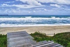 Lassen Sie uns zum Strand gehen Stockbild