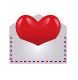 Lassic与红色心脏的航空邮件信封 免版税库存图片