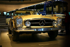 Lassic mercedes-benz car Royalty Free Stock Photography