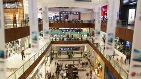 Lasso di tempo del Dubai del centro commerciale stock footage