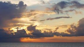 Lasso di tempo del lago 4k di Florida del cielo di tramonto di giorno di estate S.U.A. archivi video