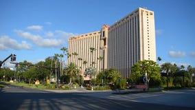 Lasso di tempo dell'entrata di Concurse e dell'hotel ad ovest del centro di Rosen in via internazionale di convenzione e dell'azi archivi video