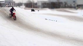 Lasso di tempo della pista di motocross di inverno archivi video