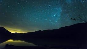 Lasso di tempo di moto della galassia della Via Lattea archivi video