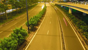 Lasso di tempo di traffico di Ho Chi Minh Cityscape Crossroad sulla notte stock footage