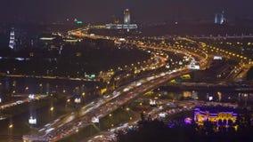 Lasso di tempo di traffico - Mosca, raccordo anulare del giardino video d archivio