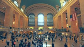 Lasso di tempo di grande corridoio in Grand Central Station, NY video d archivio