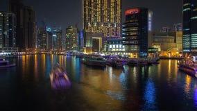Lasso di tempo Marina Dubai dal ponte Pentola su stock footage