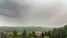 Lasso di tempo piovoso delle colline video d archivio