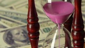 Lasso di tempo rosa della clessidra della sabbia Fine in su archivi video