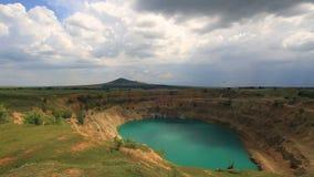 Lasso di tempo di un cratere gigante video d archivio